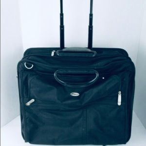 EUC Targus Executive Rolling Laptop Case